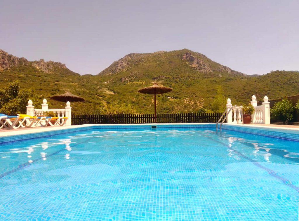 casa rural con piscina sierra de cadiz